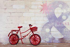 子供に自転車の乗り方を教える練習方法 。一発で成功したコツ。